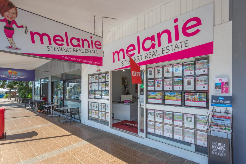 melanie-stewart-shopfront-march2018-4432-1