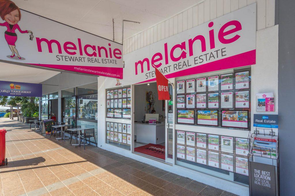 melanie-stewart-shopfront-march2018-4432-1